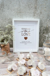 wedding foil print love quote, sweet table