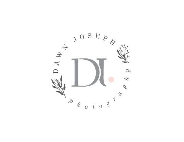 foliage and initials circle photography logo